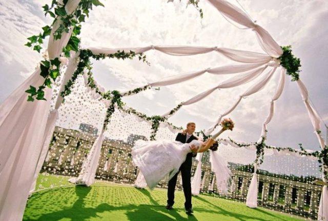 Минусы пышного свадебного торжества
