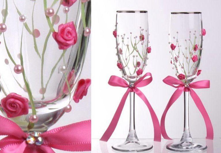 Как стразами украсить бокалы на свадьбу своими руками фото пошагово 44